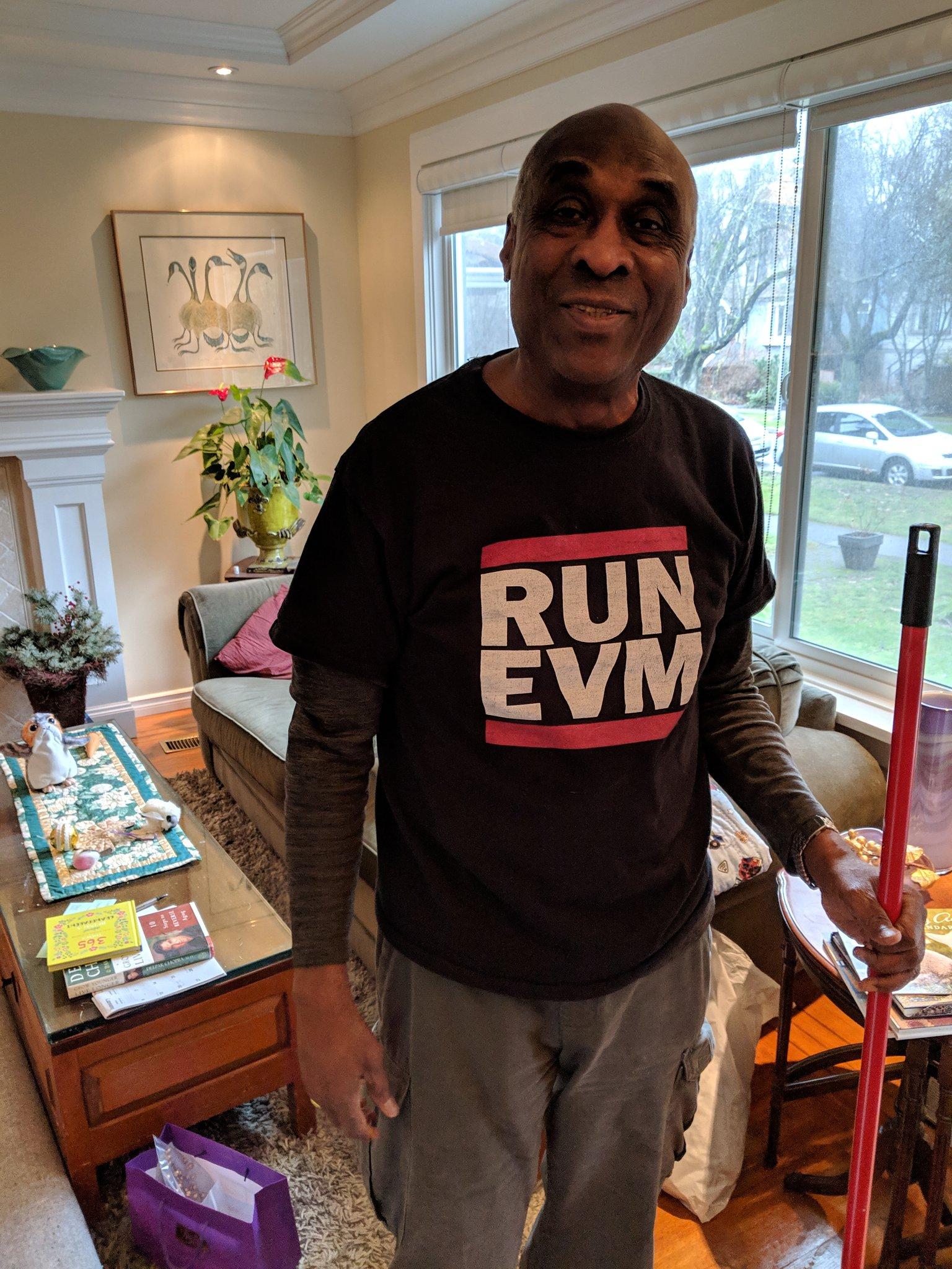Papa Joe in a RUN EVM t-shirt