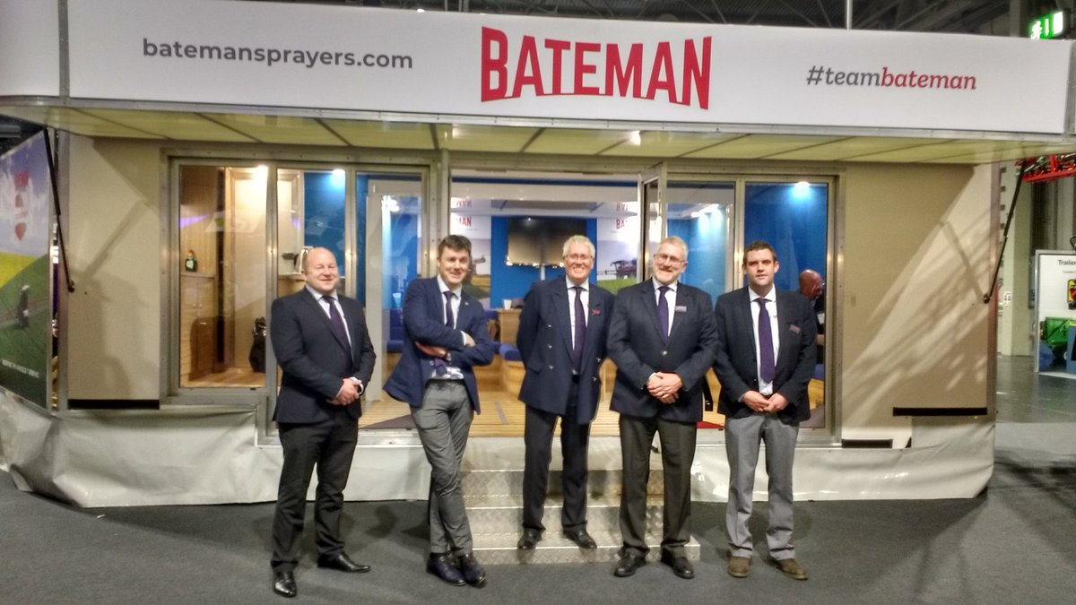 Two fantastic days at @LAMMAShow and we're finishing as we started - with a smile 😀 Thanks to all who attended and helped to make this such a great show experience - a pleasure to welcome so many of you to #TeamBateman 👍👍👍