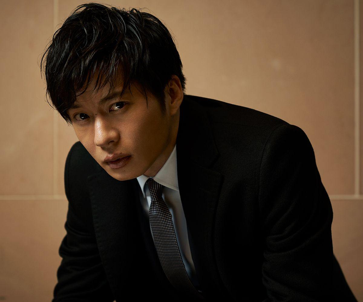 袖を通した瞬間、 #田中圭 が声を上げた。「カッチョいい!」──田中圭史上、最高のスーツが完成! https://t.co/zObmzDyFej