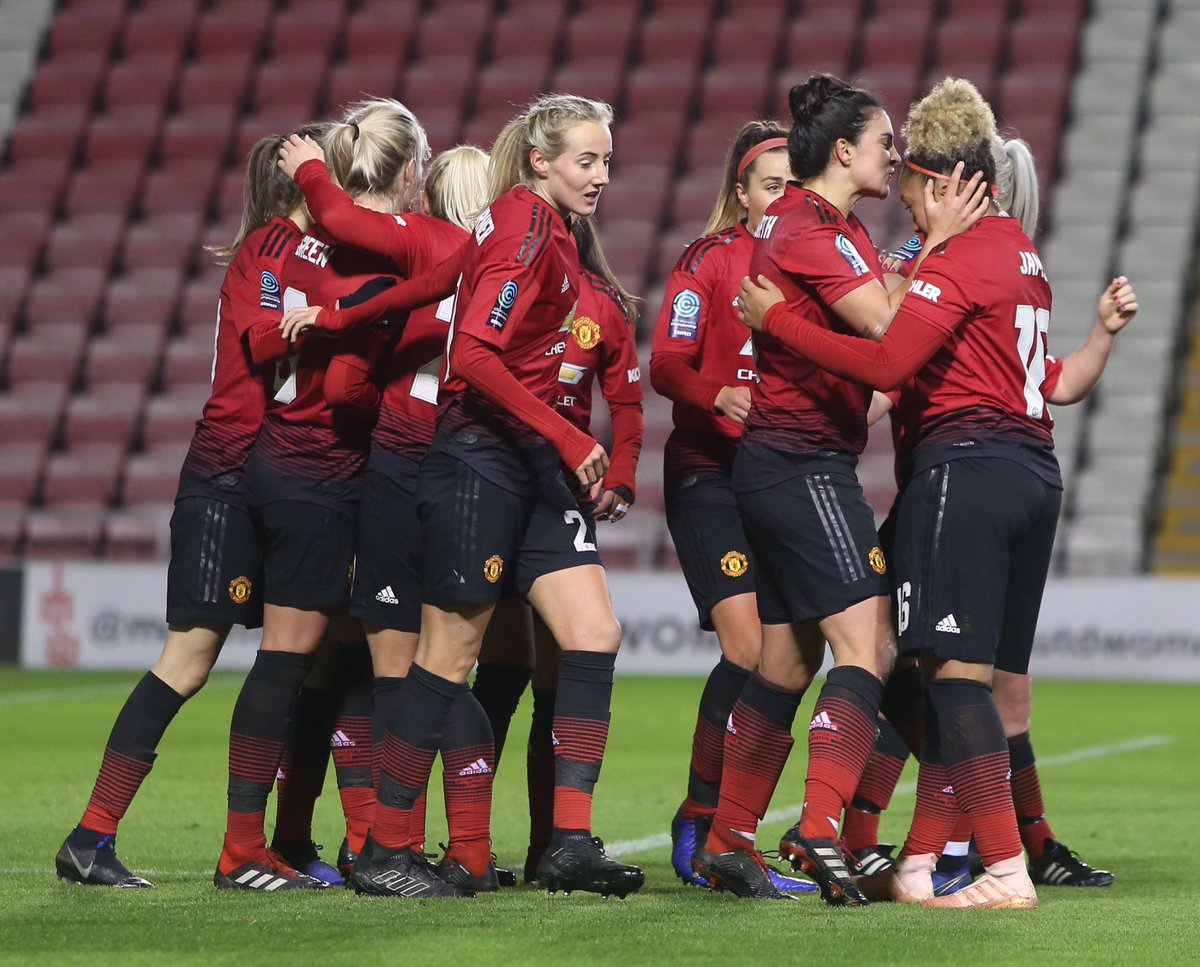 Extremely proud of this club, the staff, the fans and most importantly these players. Not an easy task for them tonight but again they delivered #The21 #MUWomen