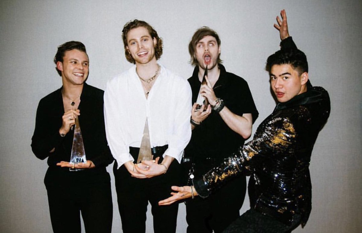 The first Australian act to top the @ARIA_Official End Of Year Singles Chart since 2005! 7x Platinum and 2018 @AppleMusic Song Of The Year. Congratulations @5SOS  #Youngblood