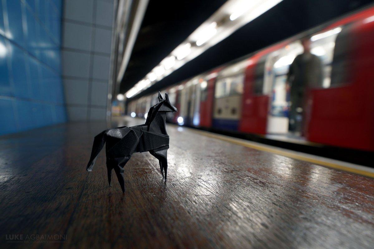 Dwibe1CWsAAYXBk - The Victoria Line's really big 50th birthday! #3