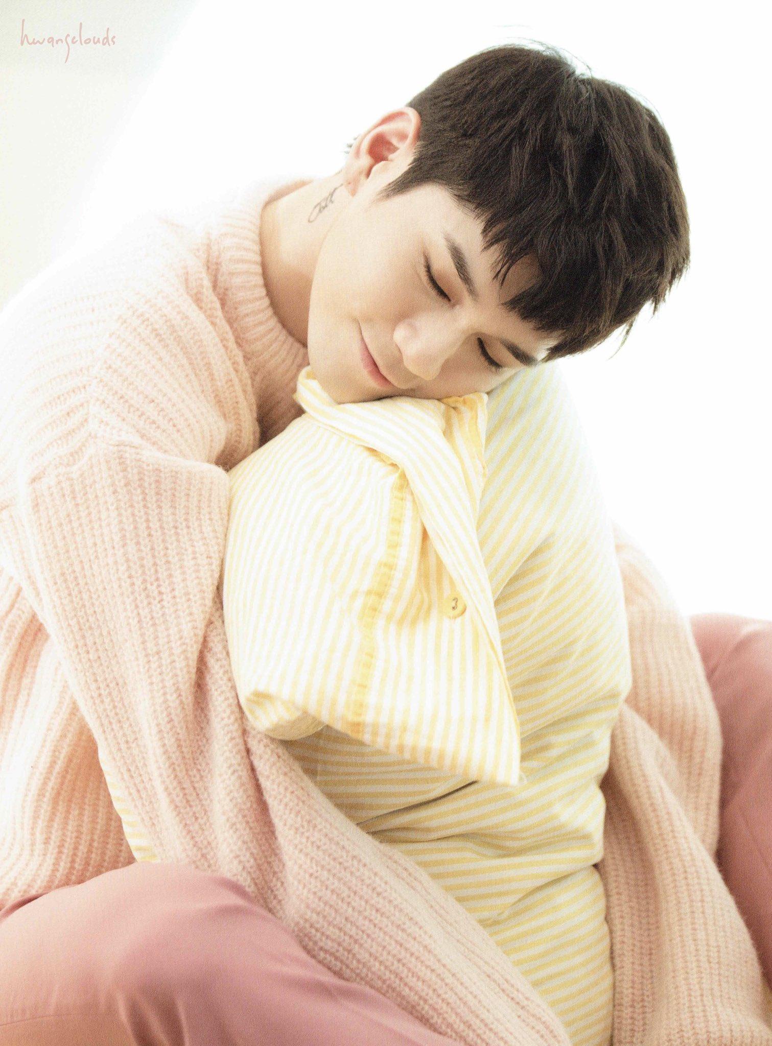 [SCAN] Wanna One Photo Essay Season 2 (3) #옹성우 #강다니엘 #워너원 #WannaOne https://t.co/CZPcnxIFNq