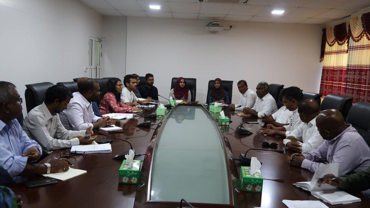 Hon Minister of Tourism .@ali20waheed Addu City ah Vadaigen, City Councilge Memberunnai Badhdhalu Kuravvaifi.
