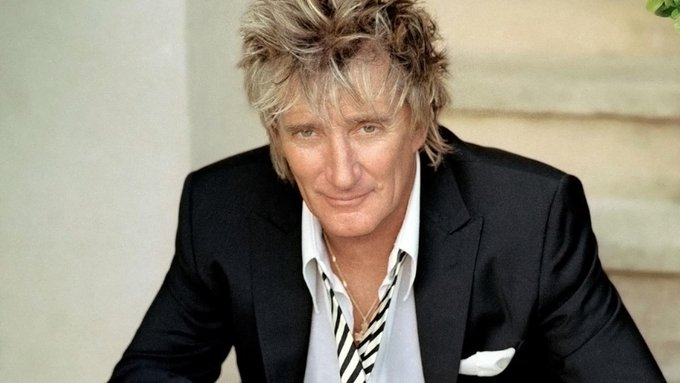 Wishing the legendary, incomparable Rod Stewart a very HAPPY BIRTHDAY today!