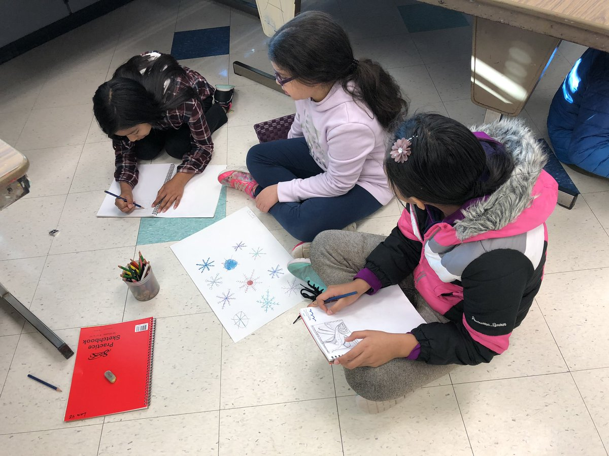 Sketching on the floor today <a target='_blank' href='http://twitter.com/longbranch_es'>@longbranch_es</a> <a target='_blank' href='http://twitter.com/APSArts'>@APSArts</a> <a target='_blank' href='http://search.twitter.com/search?q=APSArtsGreat'><a target='_blank' href='https://twitter.com/hashtag/APSArtsGreat?src=hash'>#APSArtsGreat</a></a> <a target='_blank' href='https://t.co/H5nvHuUttC'>https://t.co/H5nvHuUttC</a>