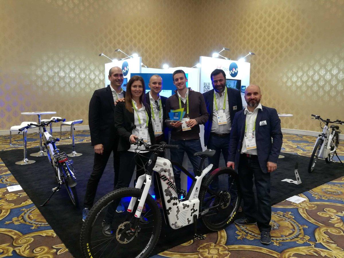 """Pragma Industries, ses partenaires @ergosup et H2tec ont reçu le prix de l'#innovation dans la catégorie """"Smartcities""""😃remis par le jury du @CES pour le vélo à hydrogène  Alpha et la Station HyRiS Bike. #H2bike #H2Now  #fuelcellBike #smartMobility  #frenchTech  #TeamNAqui"""