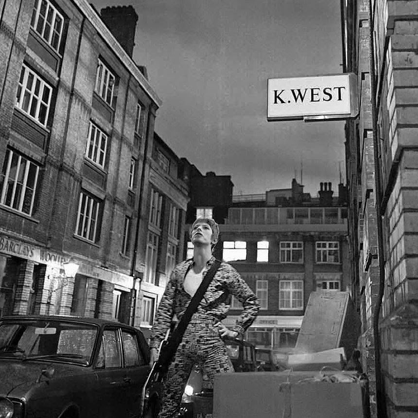 457d29615103f the rise amp fall of ziggy stardust por brian ward 1972 dnaloves dnaicons