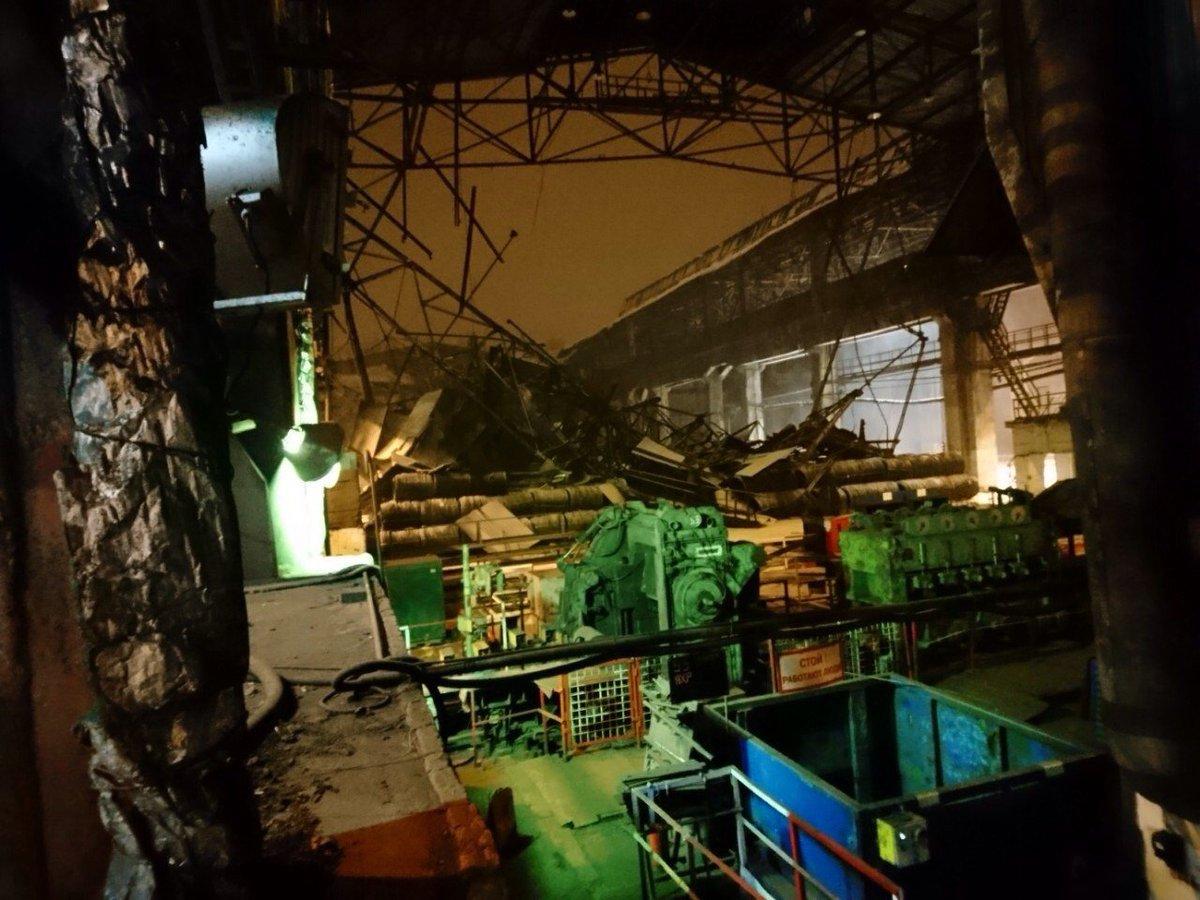 В окупованій Макіївці впав критий торговий ряд на ринку. Очевидці повідомляють про трьох постраждалих - Цензор.НЕТ 2461