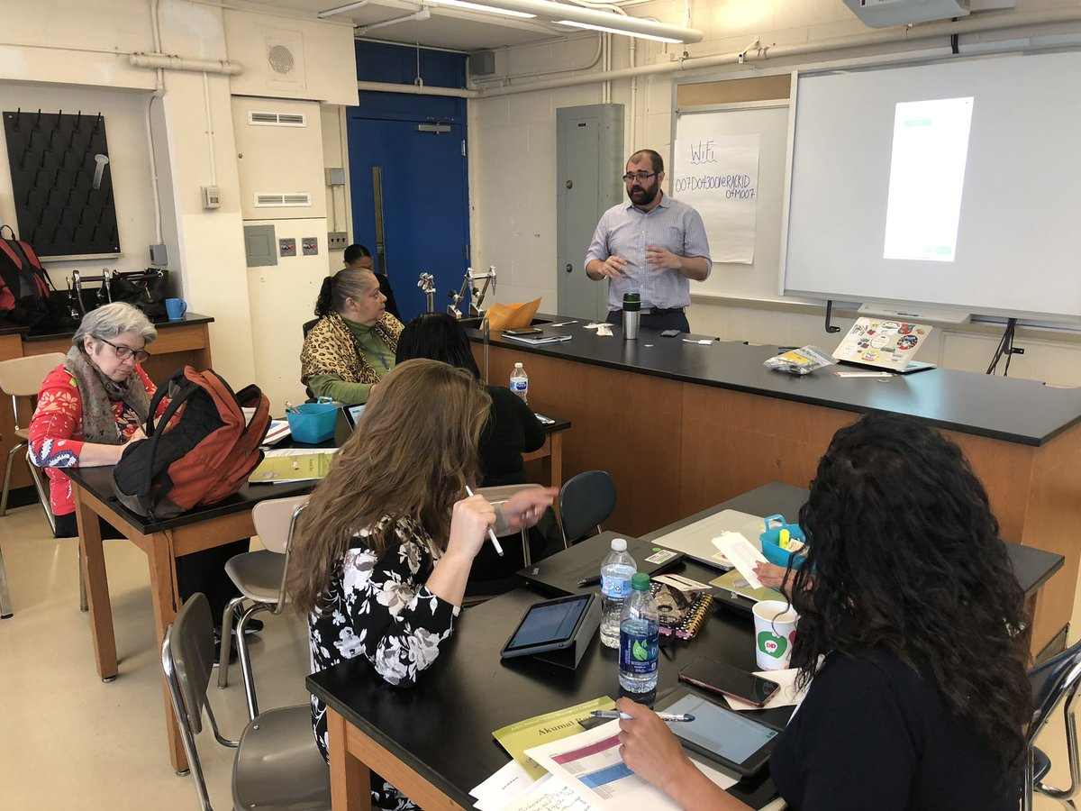 "During the monthly professional learning session school leaders engaged in a share fair. Principal Purice of Isaac Newton Middle School presented ""Systems for Improvement"" using various applications such as Clips and Numbers. #SparkingImagination4Innovation #ChampionsforChildren https://t.co/msL6ocPKaI"