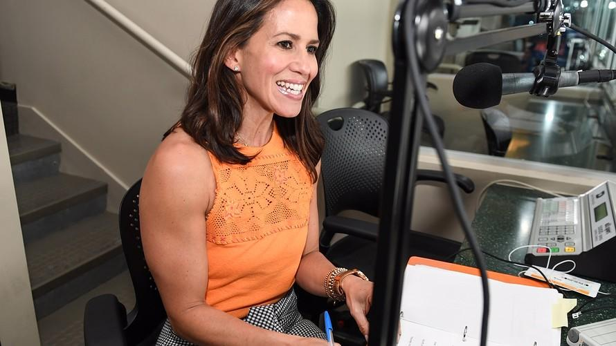 test Twitter Media - Recognize the new voice of Citi Field? It's Wes alumna Marysol Castro '96, The @Mets'first female announcer and MLB's first Latina announcer: https://t.co/T7GUAyRKQg ⚾ 📢 https://t.co/u8ZQ0o30Dp