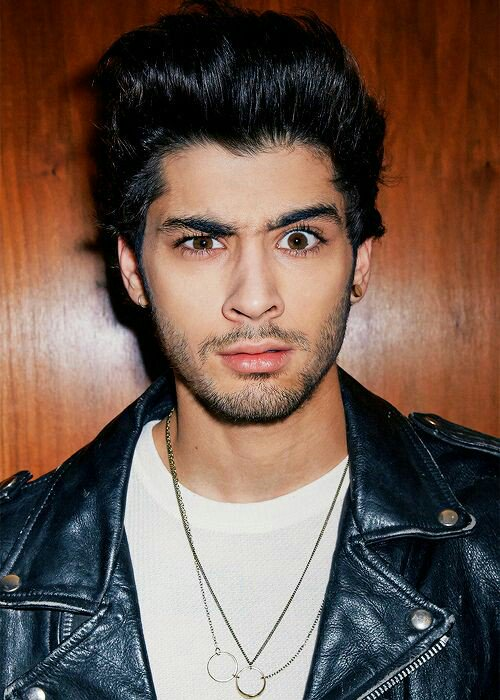 RT @DOLLHOUSEs2: We support you from the beginning and support you until the end #HappyBirthdayZayn https://t.co/43pg4uOG8z
