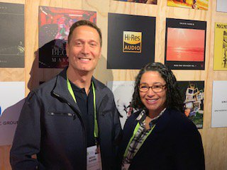 🧡 this team! Our CEO @mitch_glazier and COO @Michele_RIAA visiting the hi-res audio booth at #CES2019 Labels have made significant investments in hi-res tech to give audiophiles the best gift of all: their favorite tunes in the highest quality sound possible. #RIAAatCES 👍