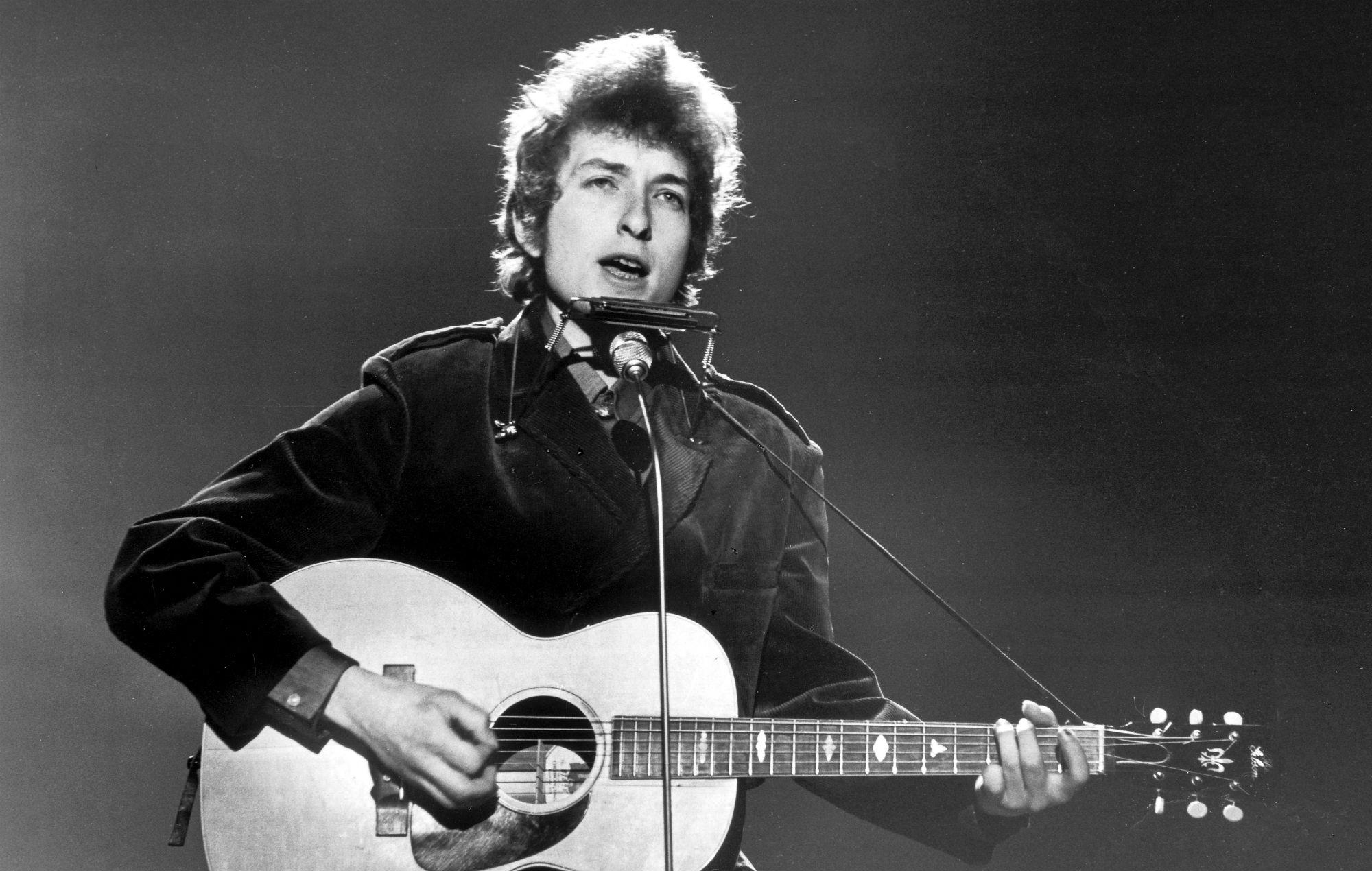 Martin Scorsese is directing a new Bob Dylan 'Rolling Thunder Revue' tour documentary https://t.co/Hwod2y0eaf https://t.co/MAKuNQ828D