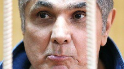Главного вора России после приговора придержали в СИЗО Фото