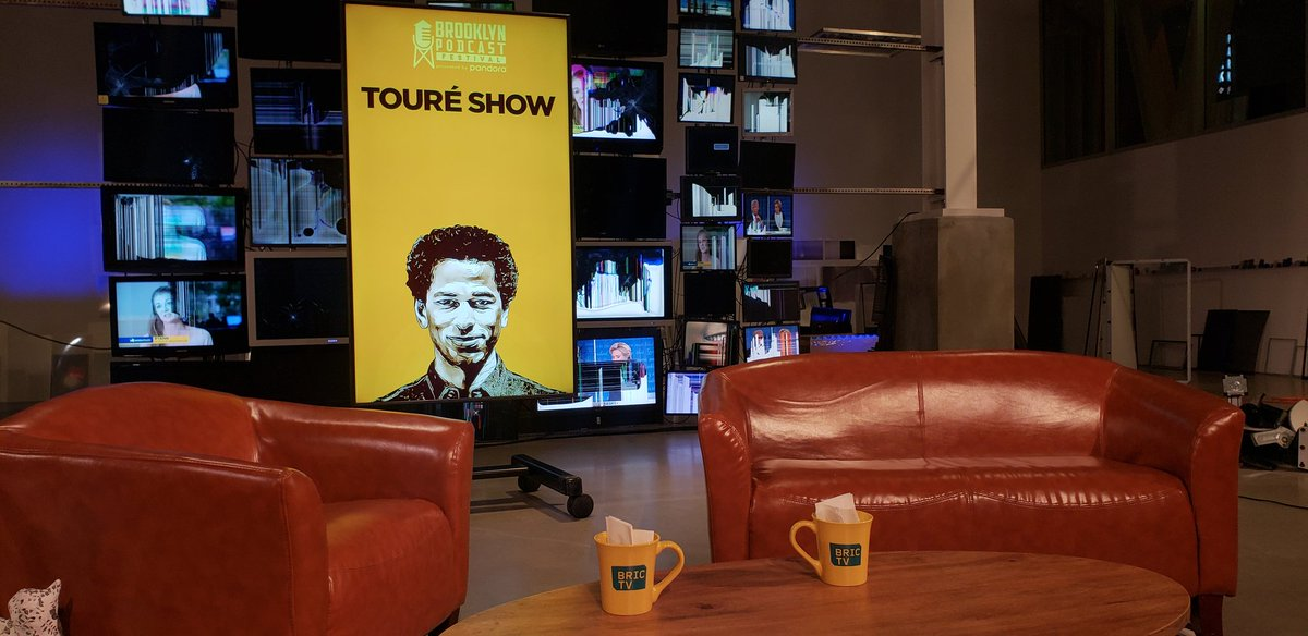 Cancelled show tonight @Toure with @terrycrews   Crazy literally a minute before they were suppose to start... It begins...  #Toure #terrycrew<br>http://pic.twitter.com/NGVBzn9QBr