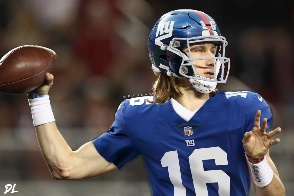 "Dan Lee on Twitter: ""Here's my first ever Jersey Swap! Trevor Lawrence in a  New York Giants jersey 👀… """