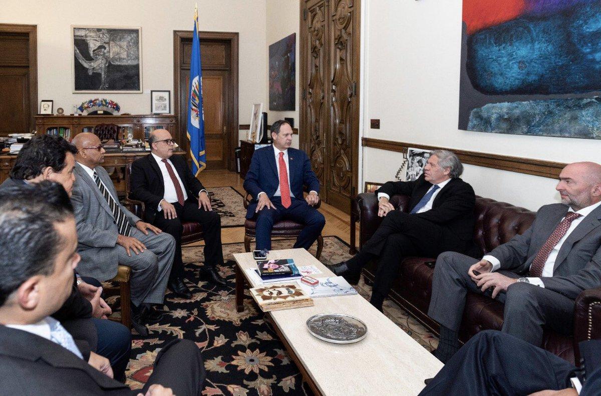 TSJ_Legítimo's photo on La OEA
