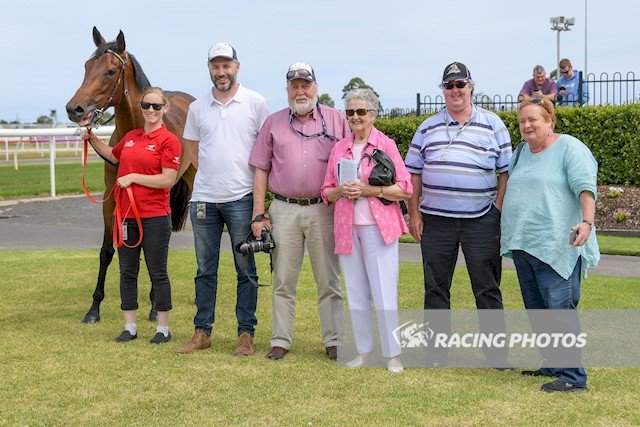 CLARICE CLIFFS won at Bet365 Geelong yesterday for trainer Greg Eurell and jockey Nikita Beriman. Bred by Greta West Stud, the mare was a graduate of the 2016 Inglis VOBIS GOLD Yearling Sale. Well done to all! Photo