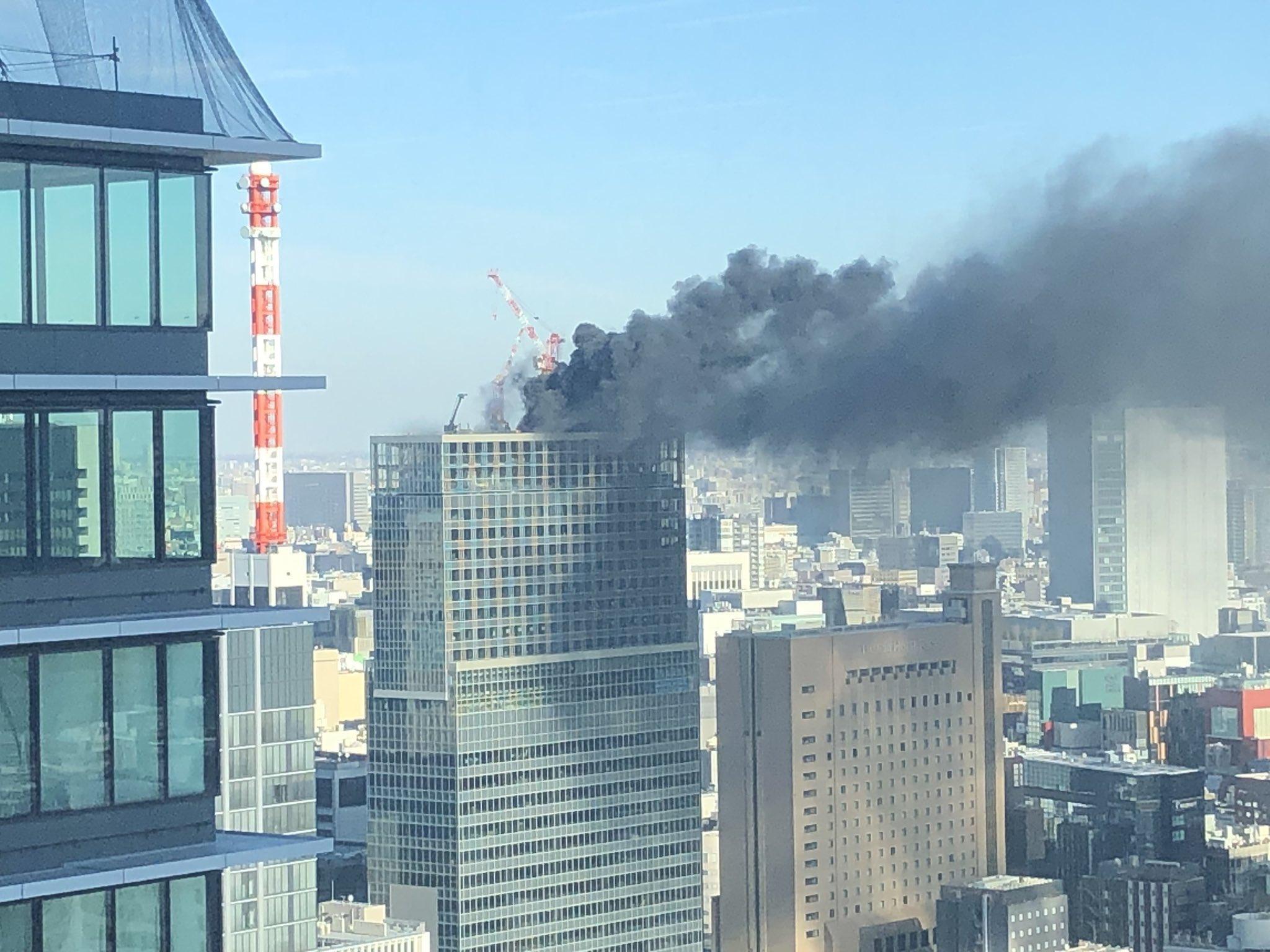 画像,新橋で火事だ https://t.co/C6aYsWHdhx。