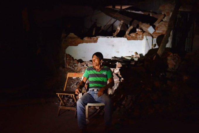 Documentaron otro fraude: el desvío millonario en los apoyos a damnificados por sismos Virgilio Andrade, el que justificó la CasaBlanca, dijo que todo estaba en ContraLaImpunidad PazVerdadJusticia ContraLaDesestabilizacion #YoApoyoLaLuchaVsHuachicol Photo