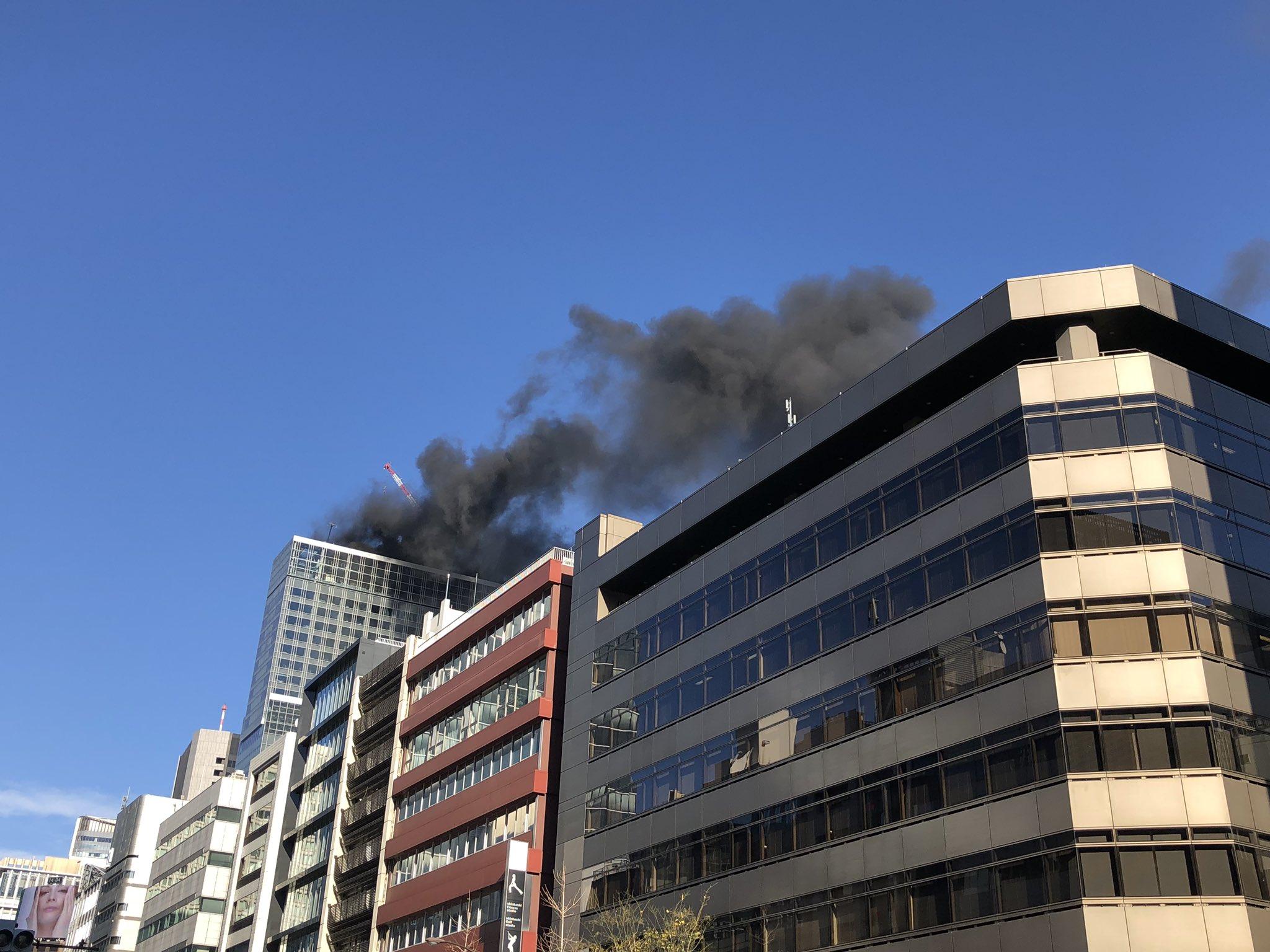 画像,火事?黒い煙が、、、 https://t.co/NOx4ZMyGxN。