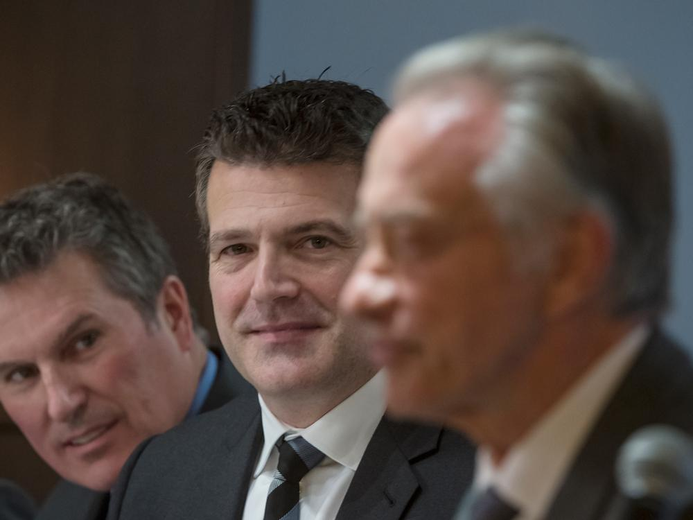 Calgary Herald's photo on paul godfrey
