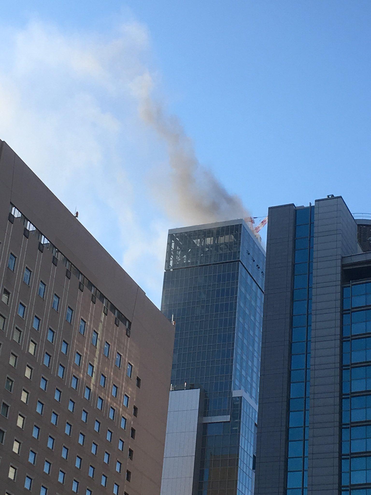 画像,至近距離で火事w内幸町の完成間近のビルだわさ https://t.co/fuX34HBNZK。