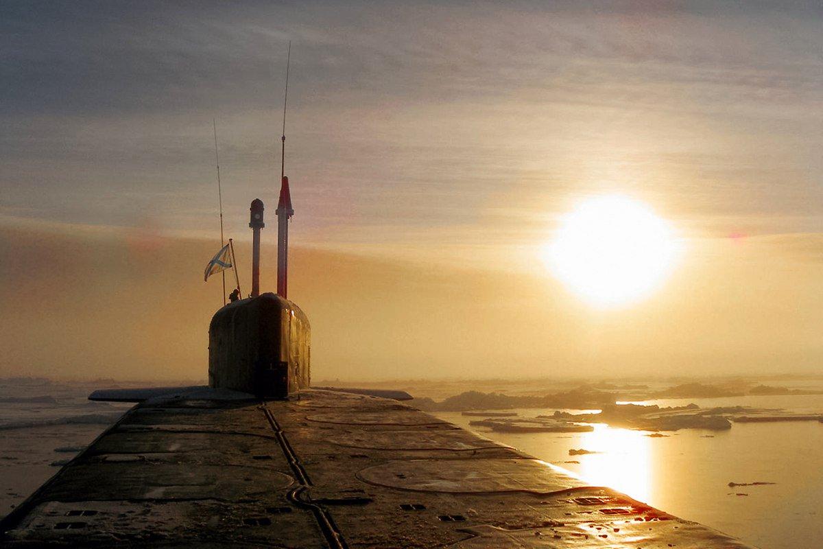 подводная лодка закат в море фото пожелавший