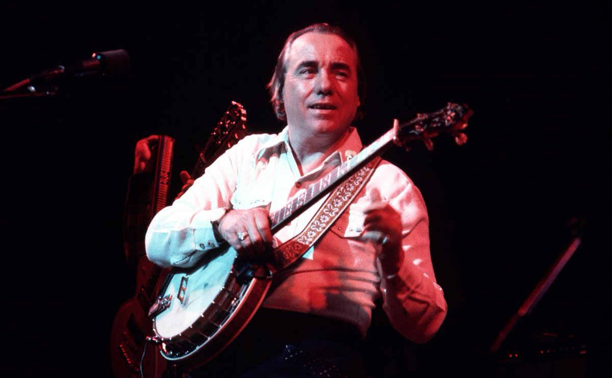 Watch Earl Scruggs and the Byrds sing Bob Dylan's &quot;You Ain't Goin' Nowhere&quot; in 1971  https:// rol.st/2Fo7TeW  &nbsp;  <br>http://pic.twitter.com/3I0GDUiXUq