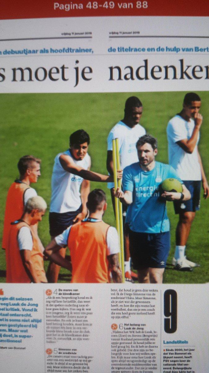 Albert Smit's photo on Van Bommel