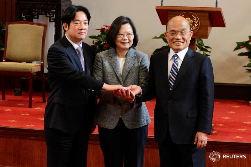 Taiwan appoints former chairman of its ruling pro-independence party as new premier after resignations over poll defeats https://reut.rs/2D4G4Xx  via @YimouLee @jessmacyyu