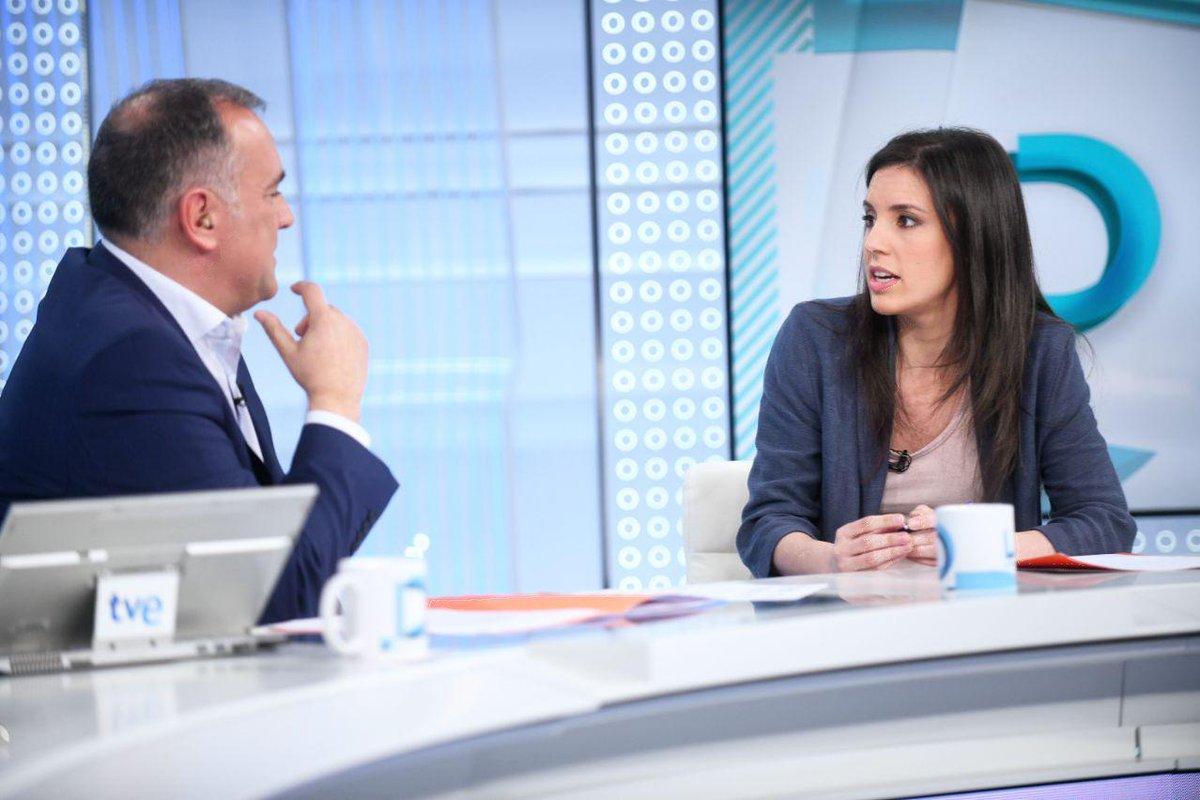 PODEMOS's photo on Esperanza Aguirre