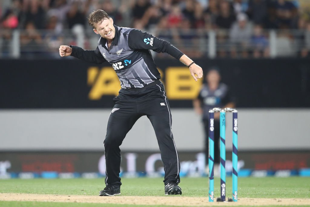 Lockie Ferguson and Ish Sodhi take three wickets each as New Zealand fight back from a poor start to win the one-off T20I against Sri Lanka by 35 runs!   #NZvSL SCORECARD ⬇️  http://bit.ly/NZvsSL6