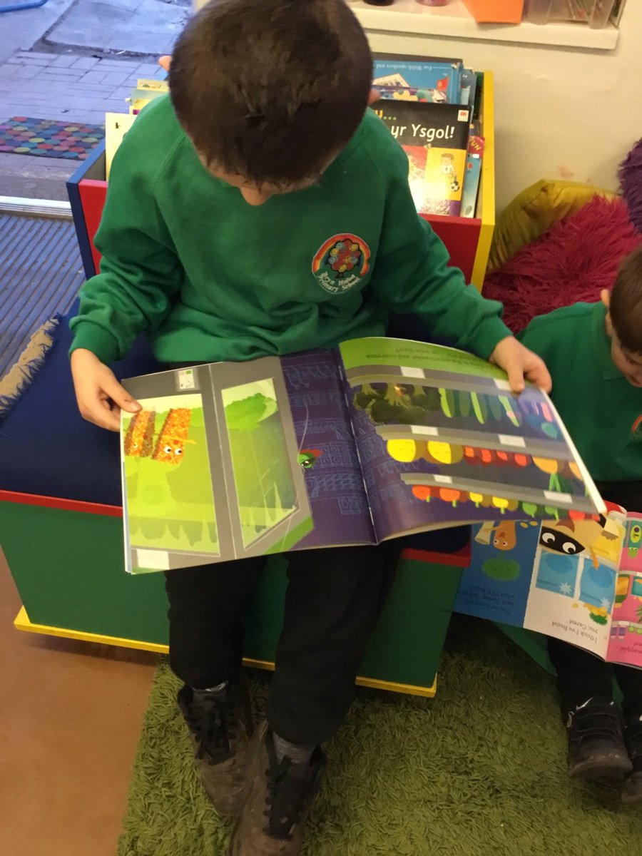 Year 1 Glas are loving learning about Supertato this week! There are so many adventures that we love reading in our book corner! #Supertato #EvilPea #Year1Glas 🥔⚡️📚