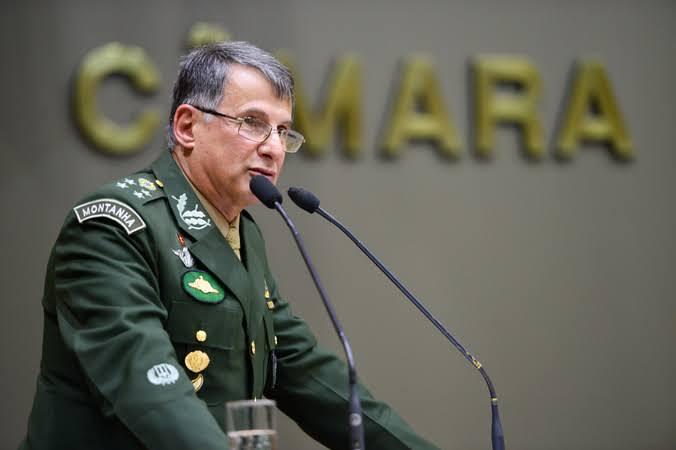 General Paulo Sérgio's photo on comandante