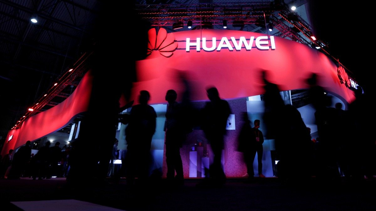 New woes for Huawei as two held on spy charges https://reut.rs/2D3FyZP