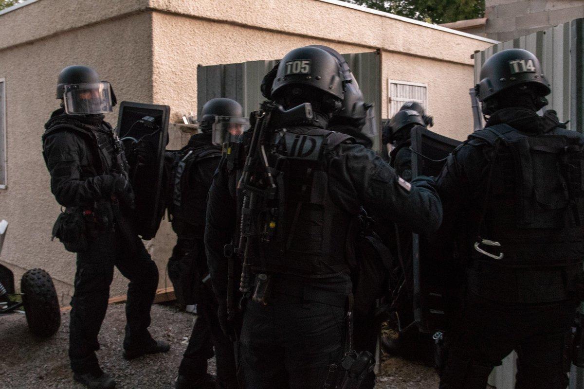 Valeurs actuelles's photo on RAID