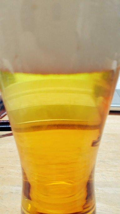 変な画像だけどビール🍺 三連休の前祝い、6日ぶりのお酒。 Photo