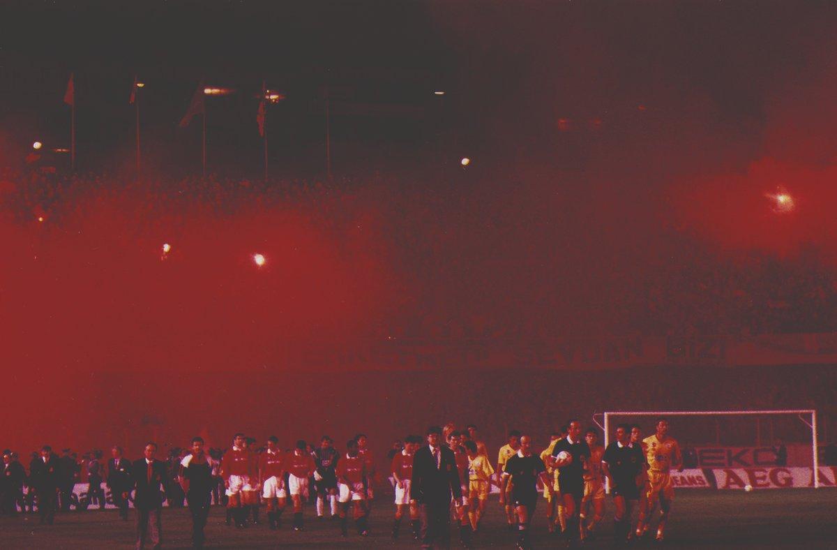 Galatasaray SK's photo on #AliSamiYenSonsuzaKadar