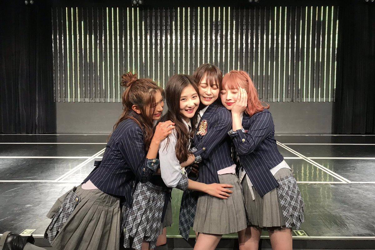私三田麻央は、 NMB48は卒業します  突然の発表となりすみません…  今日23時ごろよりSHOWROOM させて頂きたいと思いますので お時間あれはぜひ   話題にして頂けるうちが花というもの… トレンド入り嬉しいです!!