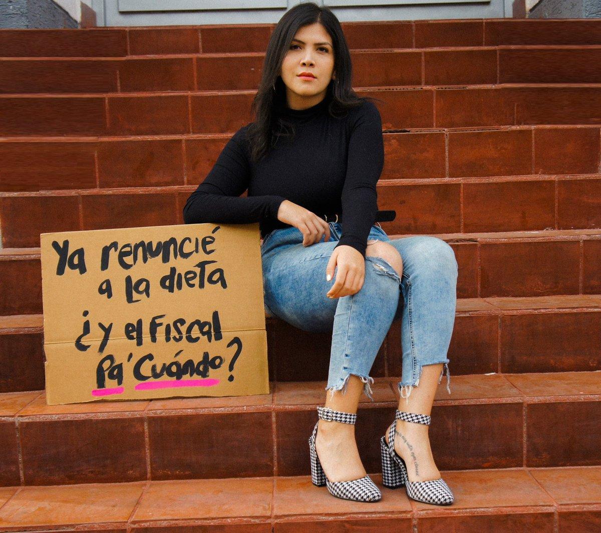 Lorena.'s photo on #RenuncieFiscal