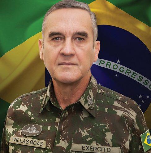 Ministério da Defesa's photo on comandante