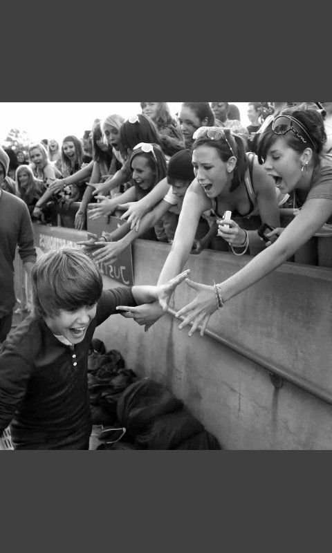 My boy has come a loooooong way and he has worked hard to be where he is today. I am so thankfull to be a part of this family #Beliebers  ♡♡♡  #10YearsOfBieber <br>http://pic.twitter.com/QcWA7m8BUp