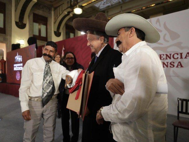 OAXACAHOY's photo on Emiliano Zapata
