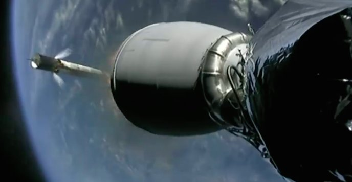The Falcon 9's first stage has shut down and separated to begin a descent toward SpaceX's drone ship in the Pacific Ocean. Good upper stage engine performance confirmed. https://t.co/mxYdlLHWtq