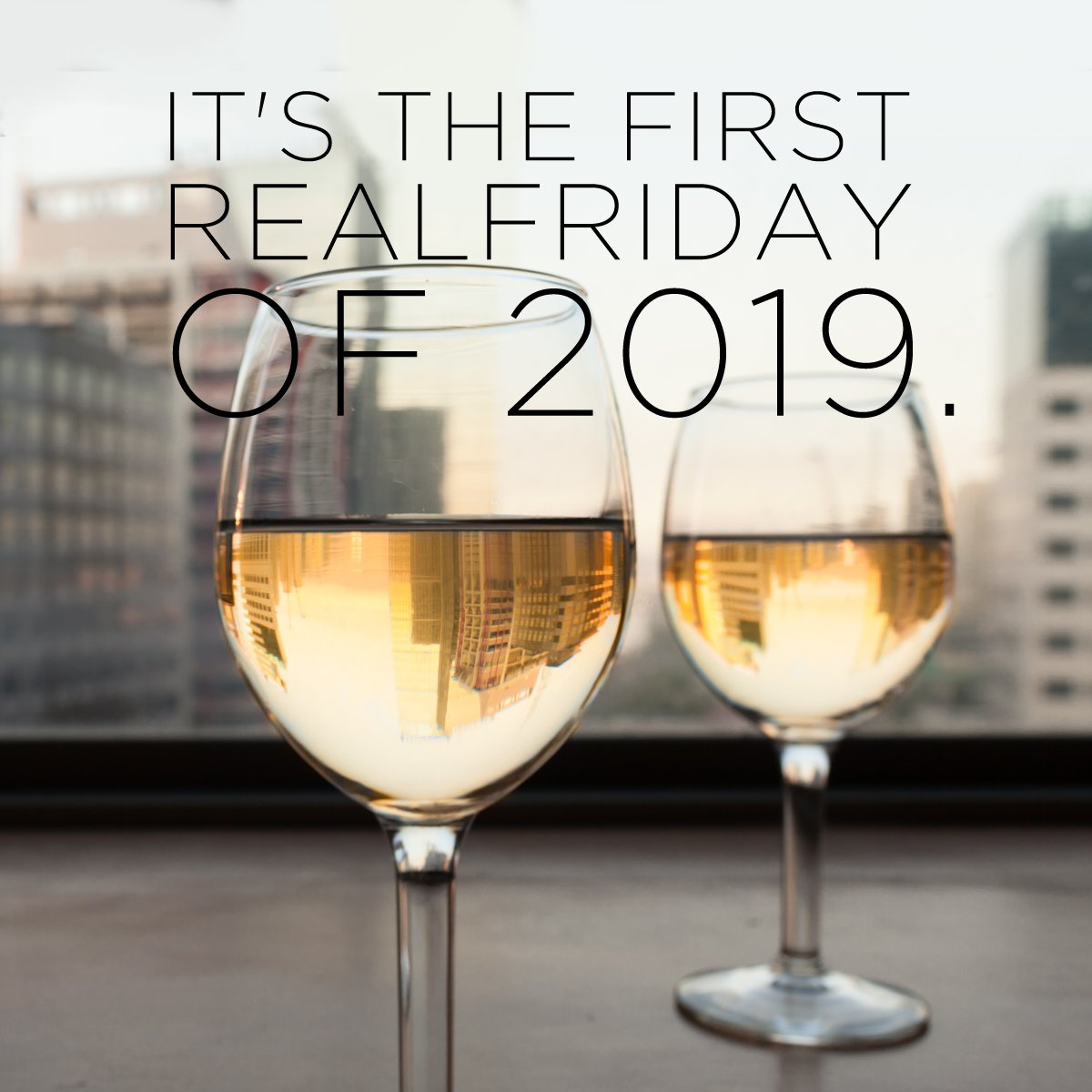 Holidays are over and this is the first ordinary Friday of the year. So it&#39;s worth an aperitif with a bottle of Marchese Raggio Gavi DOCG served at the right temperature. Enjoy the weekend!  #winelover #gavidocg #FridayMotivation <br>http://pic.twitter.com/pNC5w2KBYP