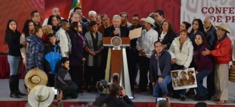 Aristegui Noticias's photo on Emiliano Zapata
