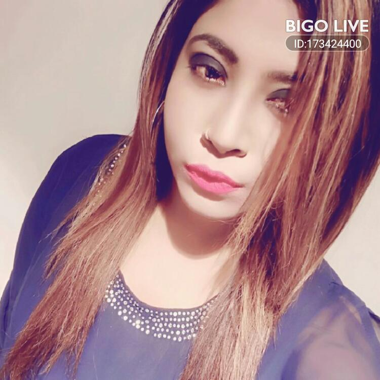 OMG! You have to see this. #BIGOLIVE.   https://t.co/TCLgOZI5O8 https://t.co/t1SvOgT9DF