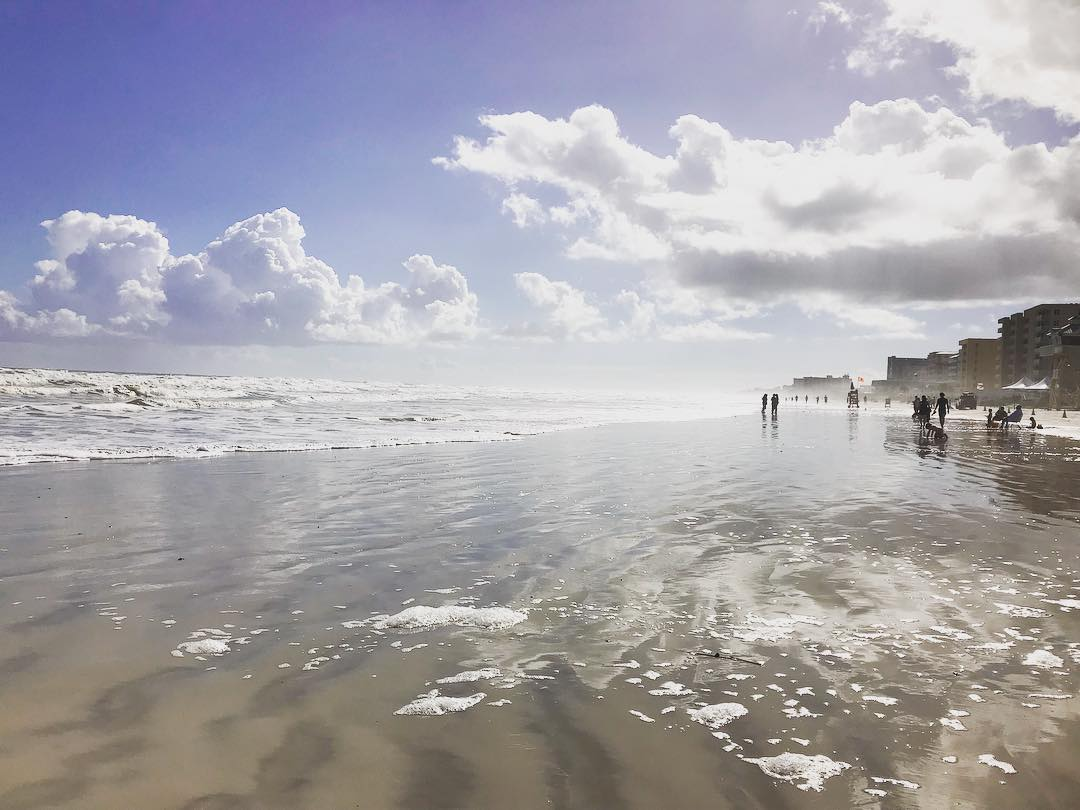 Don&#39;t worry, this is not the light at the end of the tunnel, it&#39;s just New Smyrna Beach. #dreamy (: @lbookhardt) #LoveNSB #LoveFL <br>http://pic.twitter.com/DtLE9LyHoM